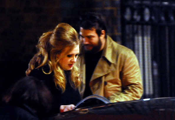 Adele With Her Boyfriend Simon Konecki In These Pictures