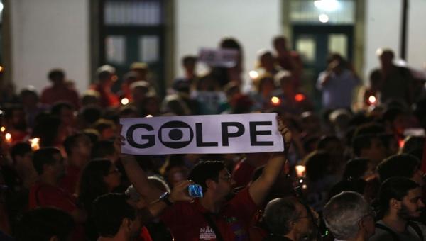 Senado de Brasil reanuda audiencias de juicio contra Rousseff
