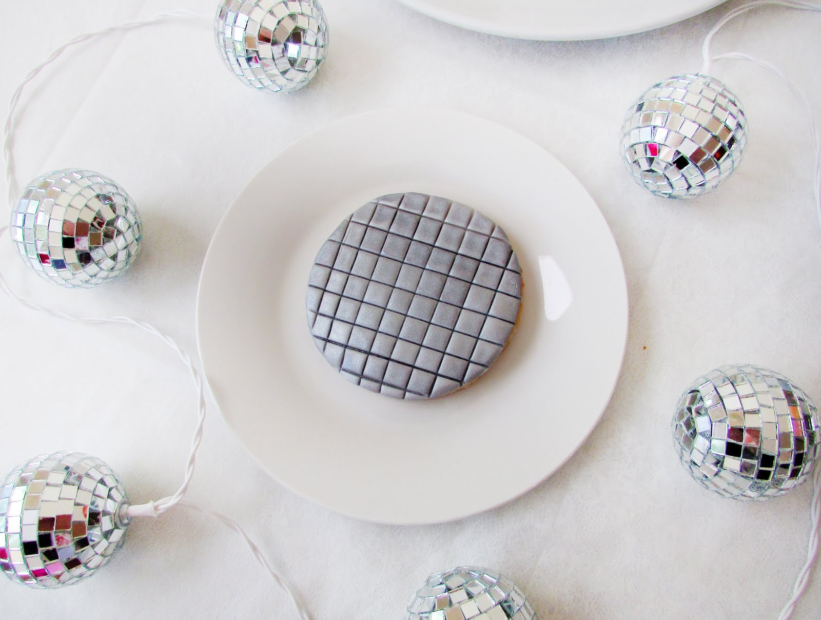 DIY Disco Ball Sugar Cookies for New Year's