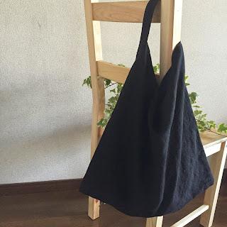 麻 鞄 黒 革