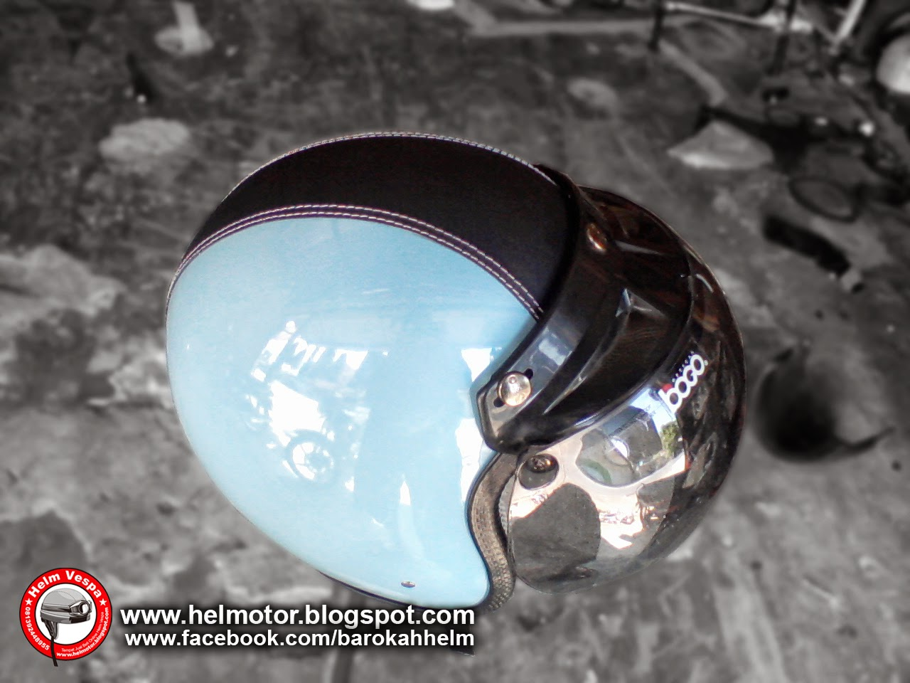 Helm Vespa Bogo Avatar Biru Muda  Helm Vespa