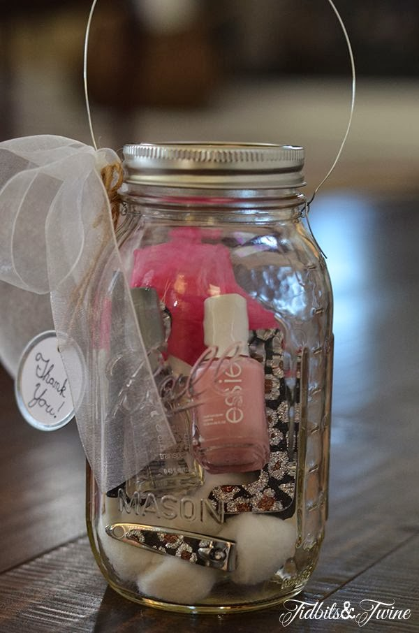 All That's Fabulous: Christmas in a mason jar