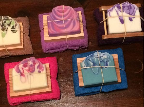 Handmade-not-homemade-Christmas-gift-guide-the-soap-mine-collage-of-images-of-soap-gift-sets