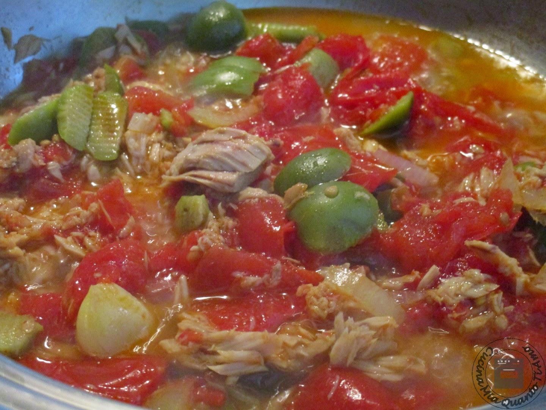 spaghetti al tonno e pomodoro