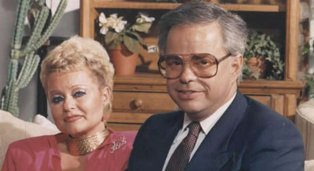 Televangelist Jim Bakker calls his Missouri cabins the safest spot for the Apocalypse