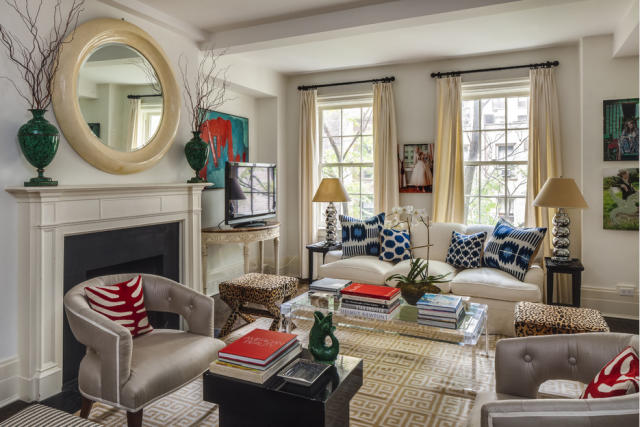 a living room simply smitten by kristin kerr 10075