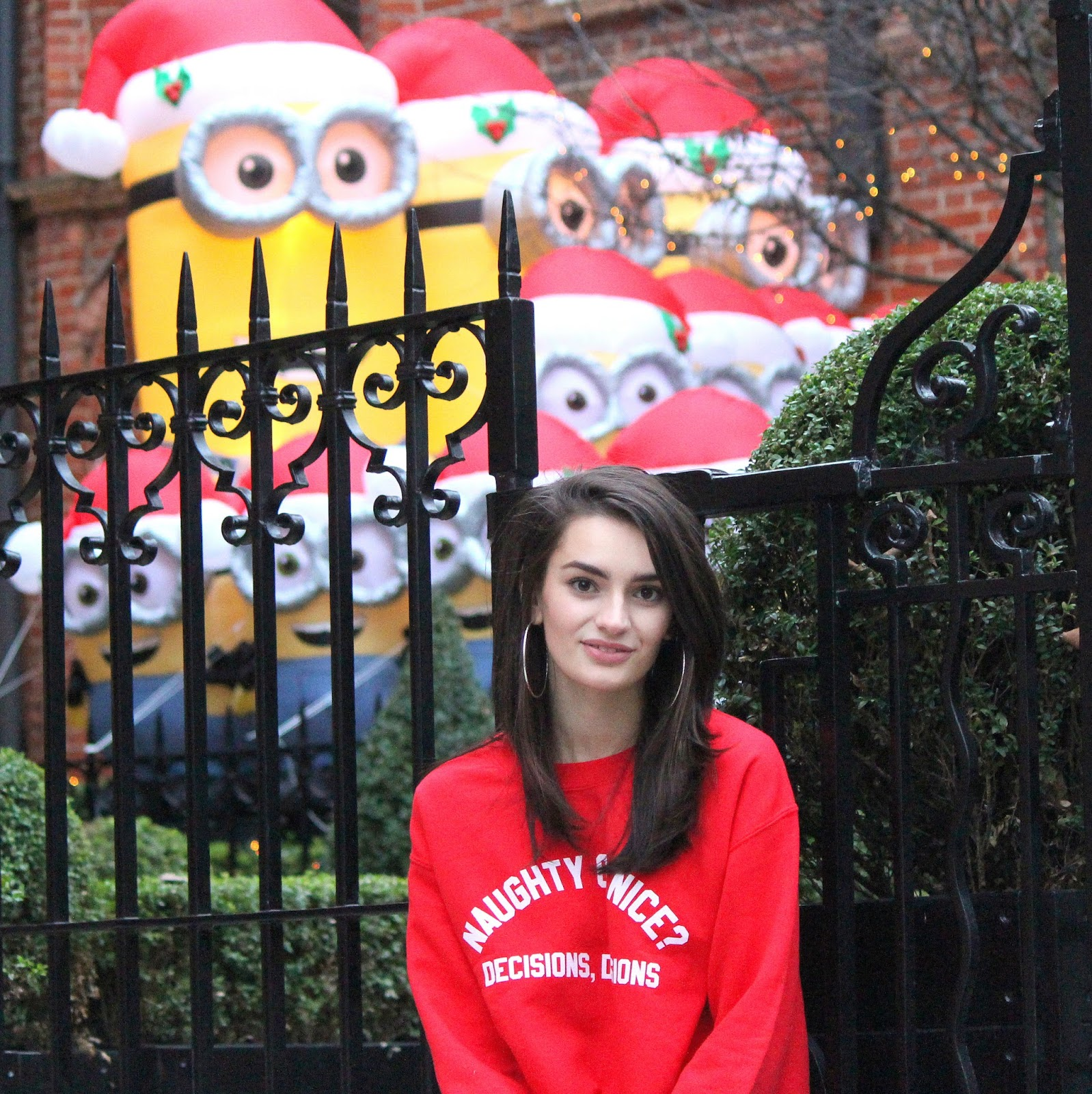 peexo fashion blogger wearing christmas jumper