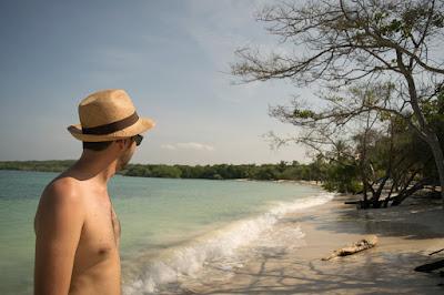 praia azul isla baru cartagena de indias