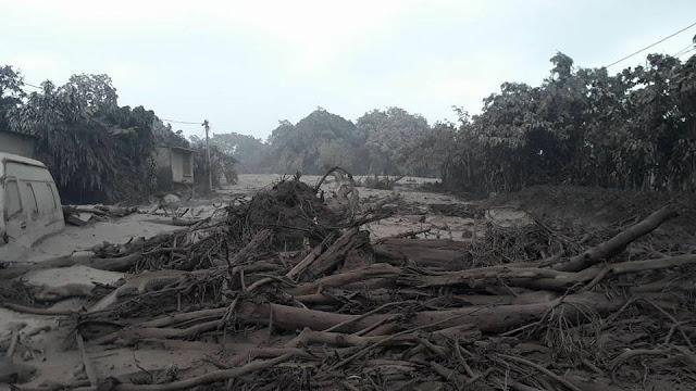 UPDATES - Guatemala Fuego Volcano 34306544_2107626172787175_1462228934547472384_n