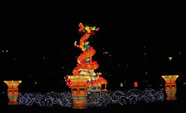 China Lights Festival, Leucht-Drache, Fabelwesen, Kölner Zoo, Köln-Riehl, Lichtkunst, Licht-Skulptur