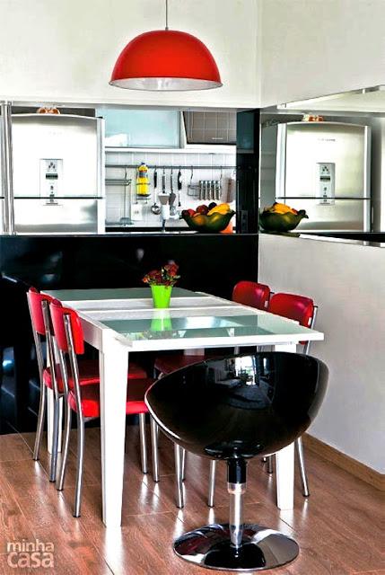 salas-de-jantar-decoradas-com-espelho-12