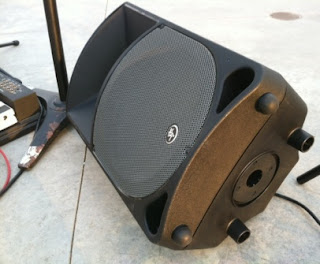 rex and the bass mackie thump th 12a powered speaker review. Black Bedroom Furniture Sets. Home Design Ideas