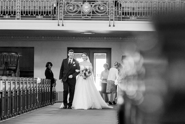 Annapolis, MD Wedding at the US Naval Academy and The Graduate photographed by Heather Ryan Photography