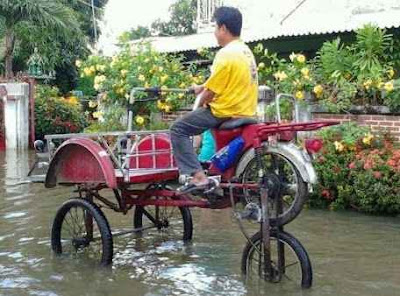 becak roda tingkat anti banjir