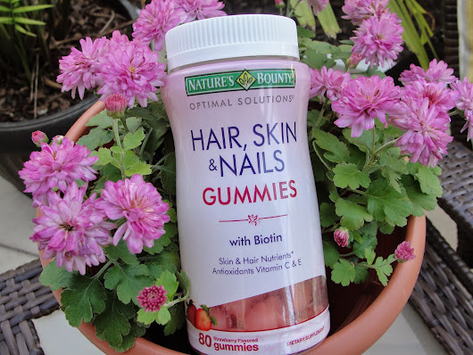 Nature´s Bounty Hair, Skin & Nails Gummies GIVEAWAY!!!