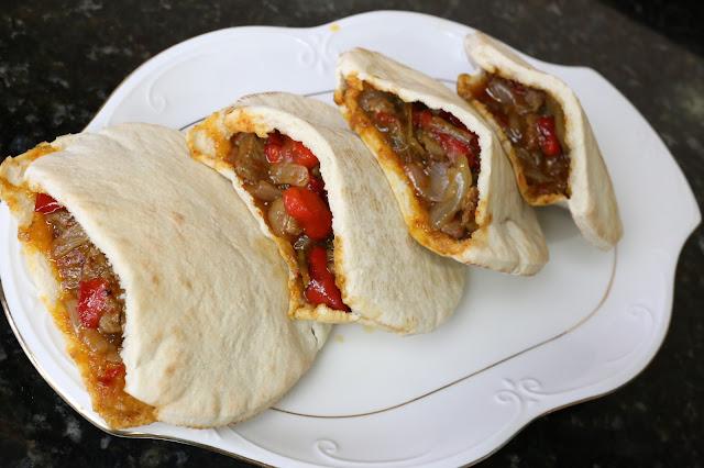Pitas rellenas de carne y verduras