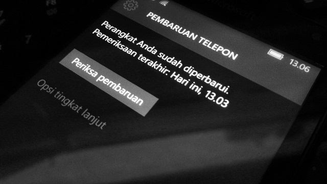 Cek Update Windows 10 Mobile Build 10586.71 hanya Untuk Anda