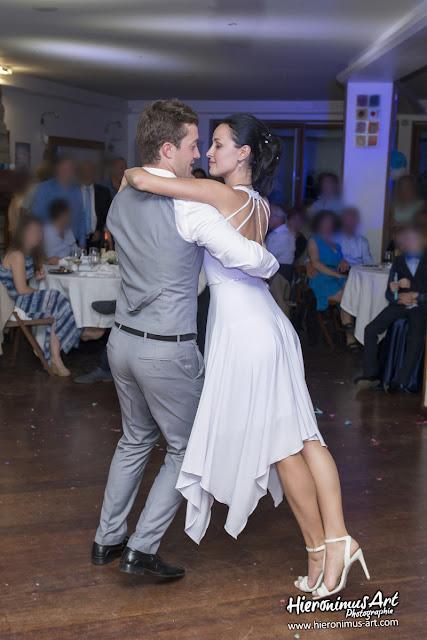 Danse des mariés photo mariage Morbihan.