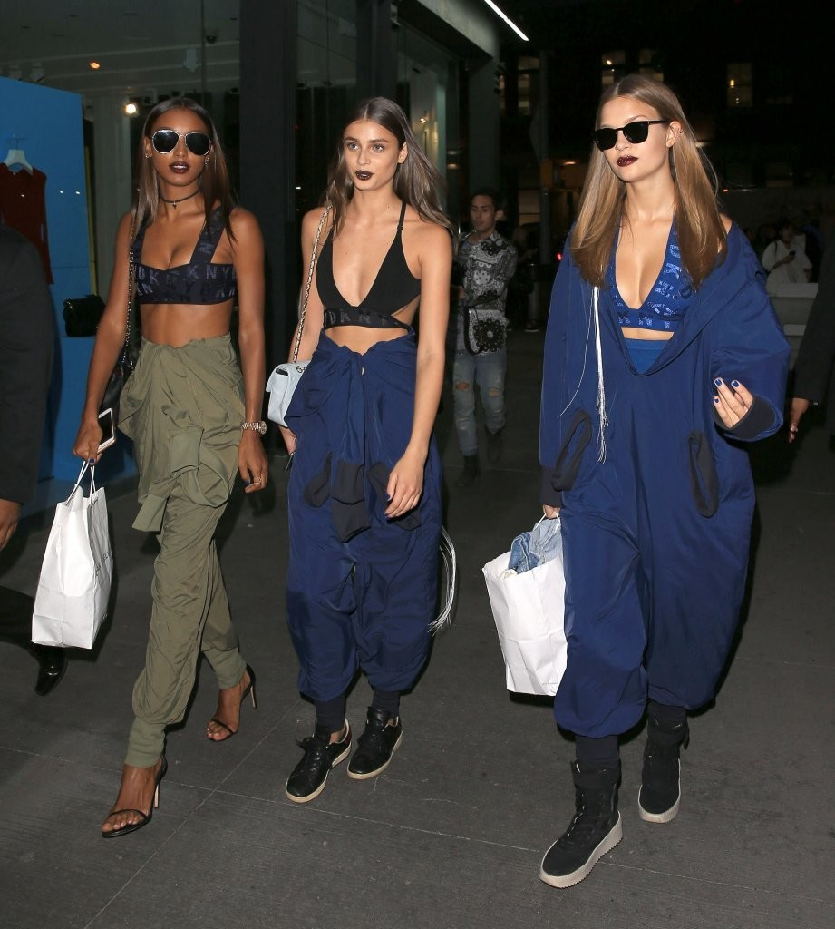 Taylor Hill, Jasmine Tookes & Josephine Skriver Head Out In NY