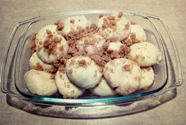 knedle ziemniaczano serowe z truskawkami knedle z owocami kluski z owocami knedle z bulka tarta na maselku kluski ziemniaczane pozywny deser obiad na slodko