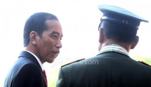 """Presiden Ditekan Copot Menhan dan Panglima TNI, Alasannya Dibuat-buat"""