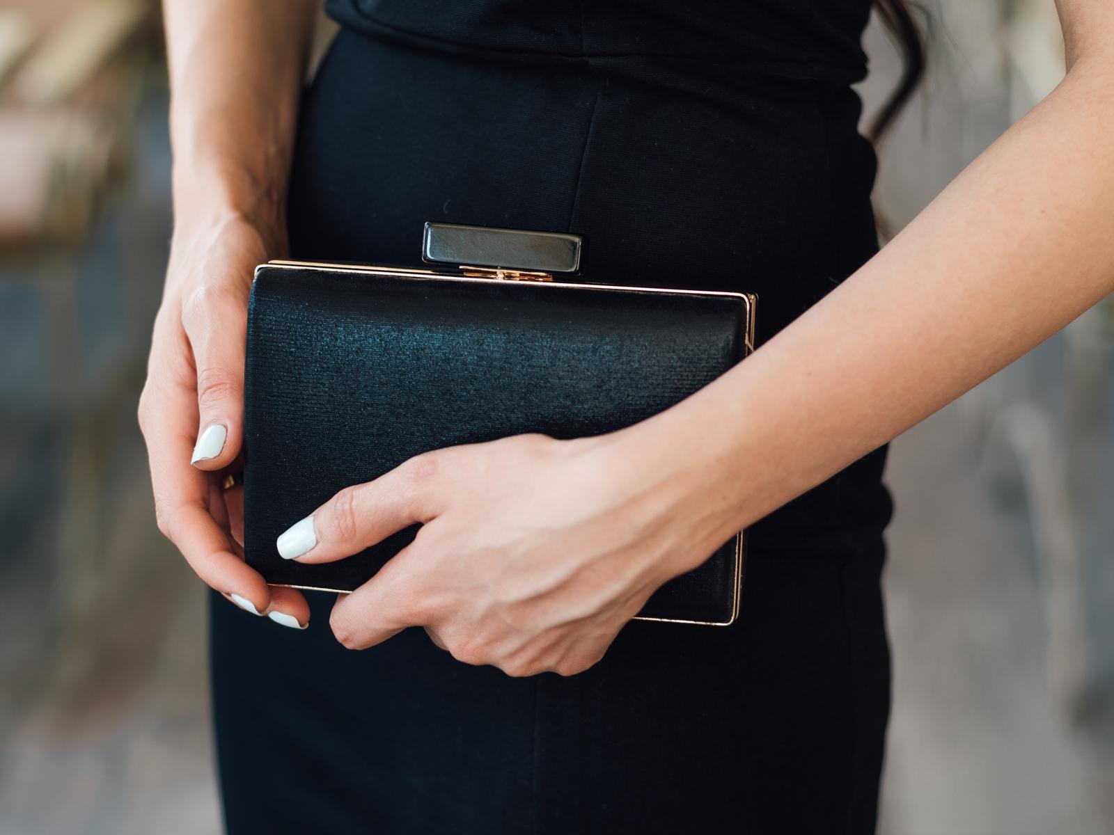 fashion blogger diyorasnotes diyora beta formal dress black midi dress ruffle outfitoftheday