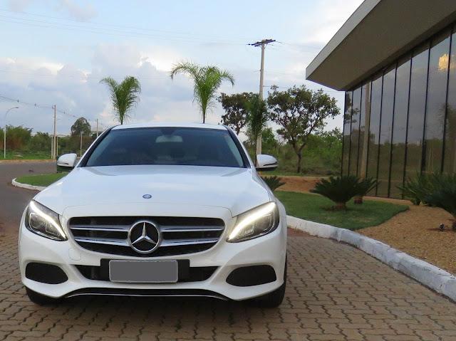 Mercedes-Benz pode encerrar 2016 como líder no segmento premium