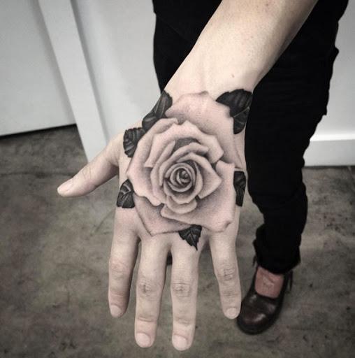 Esta peça de mão
