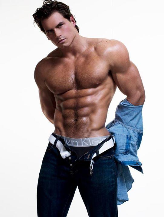 http://4.bp.blogspot.com/-FtlQgi9bprY/T3V3LyH079I/AAAAAAAAGcg/pb0QKBtH5rE/s1600/Six-Packs-Abs-Hot-Muscle-Hunks-2-008.jpg