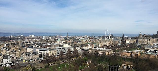 Ensikosketus Edinburghiin 42