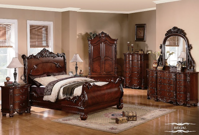 Traditional Dark Cherry Bedroom Glossy Furniture With Antique Table Lamp Cupboard And Mirror