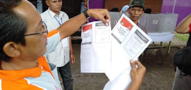 Ditemukan Surat Suara Tercoblos 01 di TPS Musi Banyuasin, Palembang
