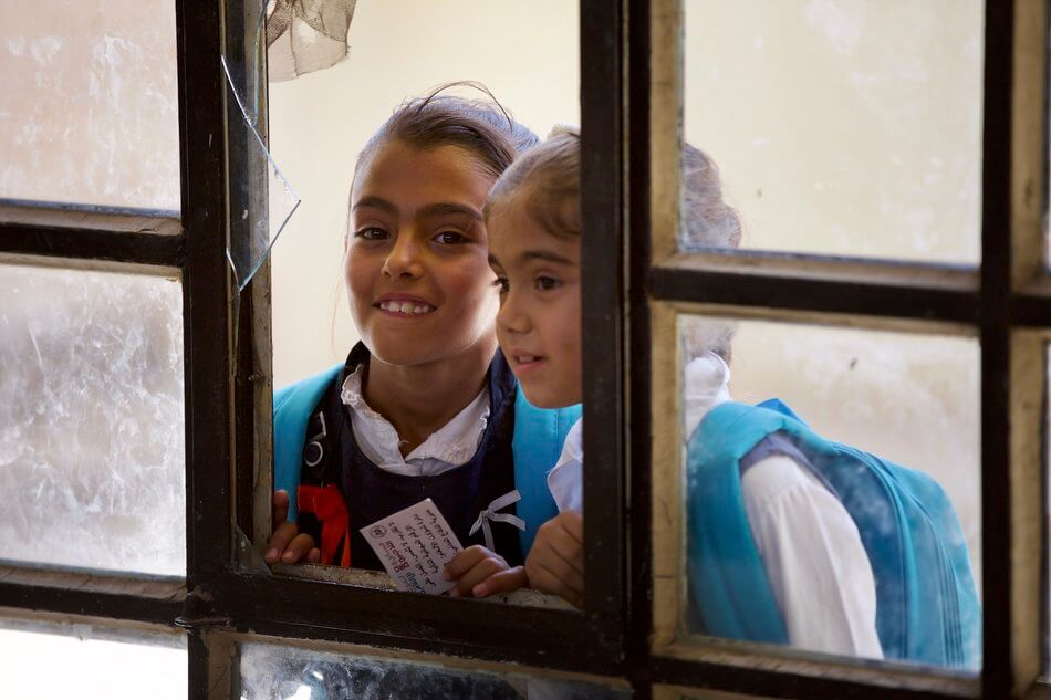 55 Stunning Photographs Of Girls Going To School In Different Countries - Iraq