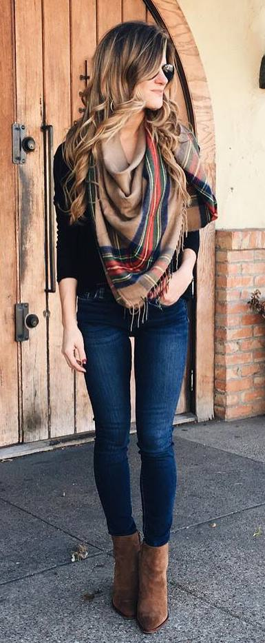 40 Best Outfit Ideas – How To Wear A Scarf For Any Season