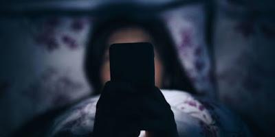 Não use o celular antes de dormir