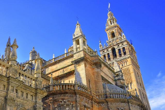 Catedral e Giralda em Sevilha
