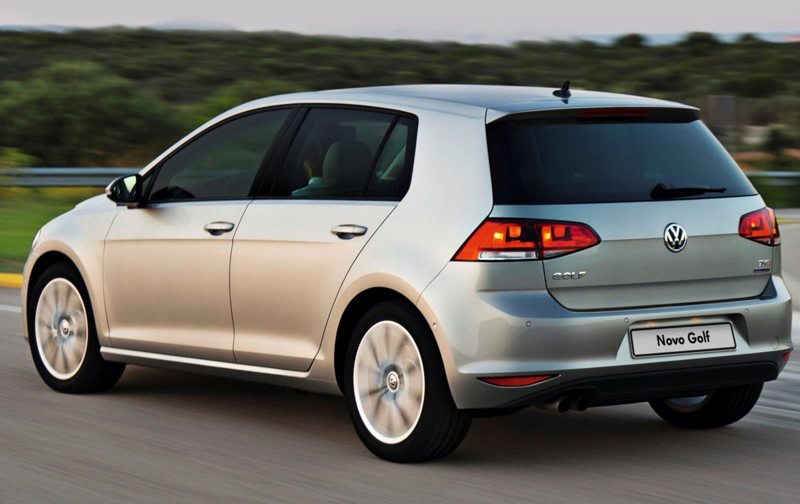 vw lan a golf comfortline 2015 com pre o r reais car blog br. Black Bedroom Furniture Sets. Home Design Ideas