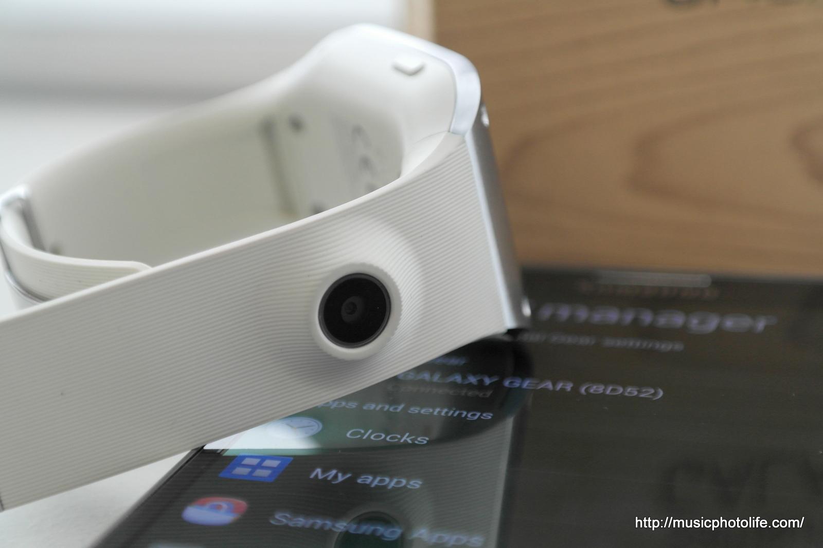 Samsung Galaxy Gear SM-V700: User Review