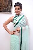 Yamini Bhaskar latest glamorous photos-thumbnail-2