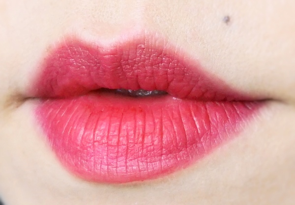 Chanel Rouge Allure Velvet Extreme Epitome swatch