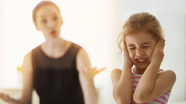 Hati-Hati Bagi Orang Tua yang Cerewet, Ini Bahayanya Bagi Kesehatan Mental Anak!