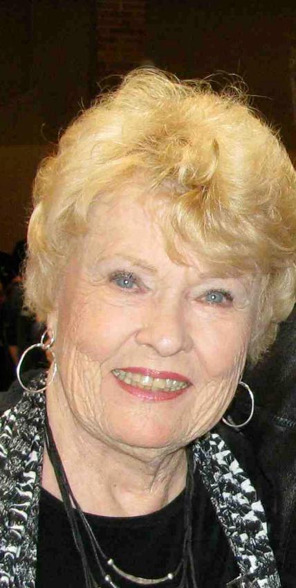 Barbara alton and her wonderful breasts - 3 4