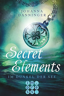 https://www.amazon.de/Secret-Elements-Im-Dunkel-See/dp/3551300739/ref=tmm_pap_title_0?_encoding=UTF8&qid=1492369525&sr=8-2