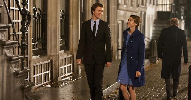 Cena do filme A culpa é das estrelas em Amsterdã