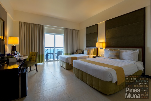 Taal Vista Hotel Premier Room with view of Taal Lake