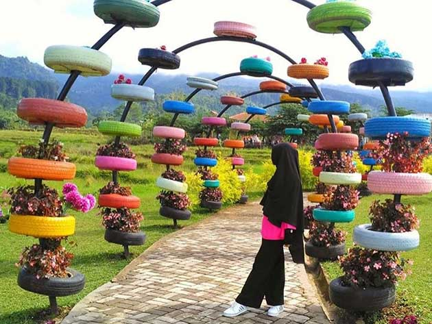 Taman Coklat Small World Purwokerto