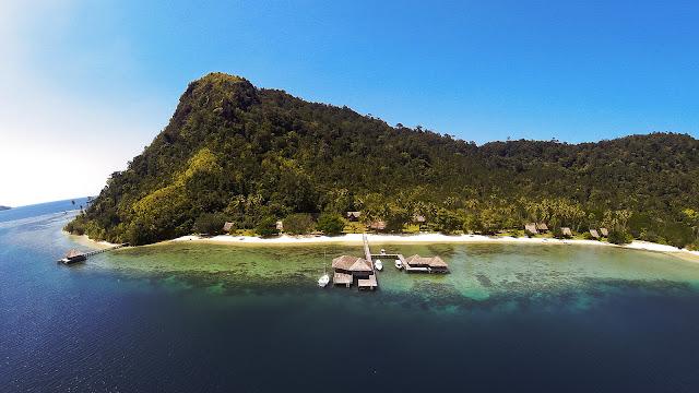 Penginapan terapung Cubadak Island Resort