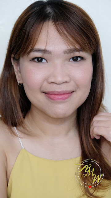 a photo of askmewhats wearing Palladio I'm Blushing! 2-in-1 Cheek and Lip Tint Review
