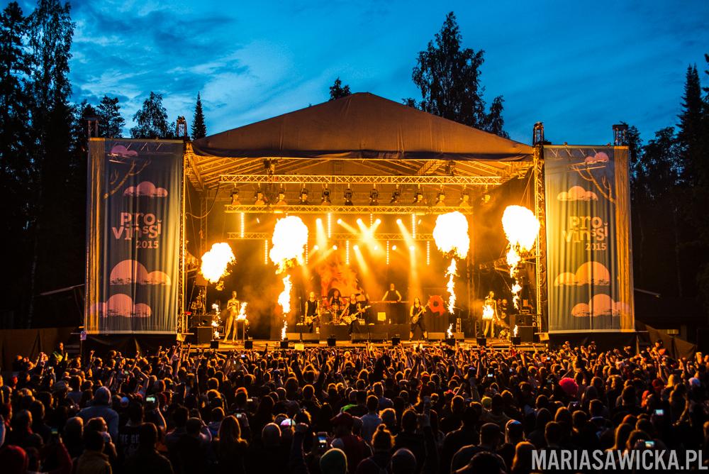 fire fireshow stage crowd Uudet kymmenen käskyä Stam1na Provinssi Festivaali 2015 Seinäjoki