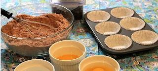 Cara Membuat Cupcake Cokelat Dengan Buttercream Icing